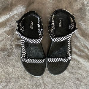 JSport Sandals by Jambu Womens Size 9 EUC